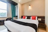 Capital O 47528 Hotel Laxmi Narayan Palace Deluxe