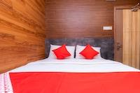 OYO 44085 Zen Zeng Hotel