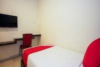 OYO 44086 Jj Hotel