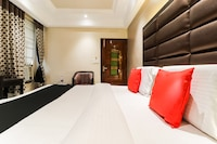 Capital O 47558 Hotel Swagat Deluxe
