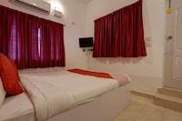 OYO 47565 Hotel Cm Residency