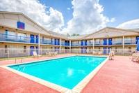 OYO Hotel Baton Rouge East I-12