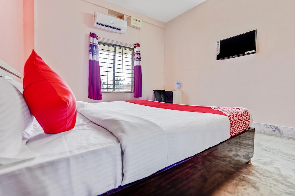 OYO 47605 Satya Homes