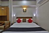 Capital O 47621 Hotel Shiv International