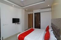 OYO 47646 Hotel 7 Heights