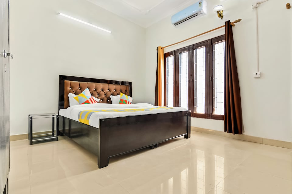 OYO Home 47665 Cheerful 2BHK THDC Colony