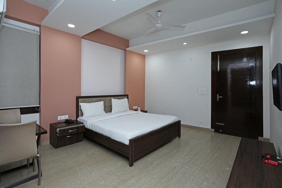 SPOT ON 47683 Motel Rajlaxmi
