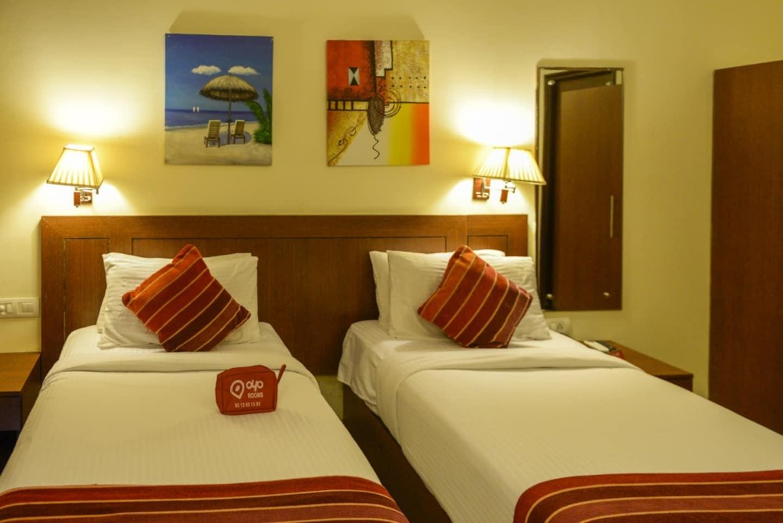 OYO 771 Hotel The Queeny Goa - Goa Hotel Reviews, Photos