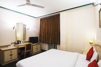 Palette - Hotel Malrose Inn