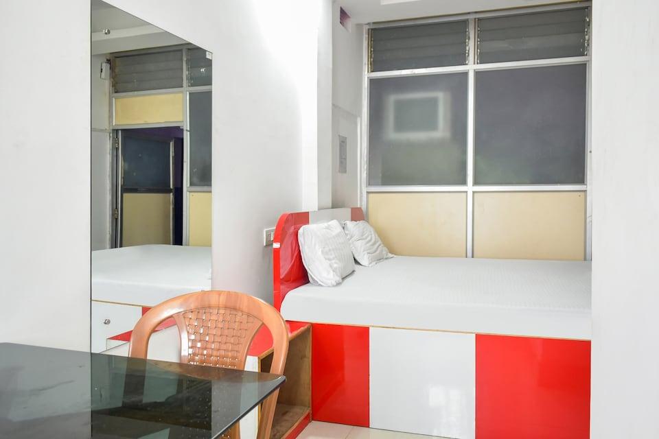 OYO 47720 Prince Guest House, Champasari Siliguri, Siliguri