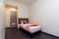 OYO 44095 Bluewater Hotel (2)