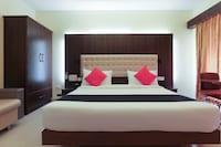 Capital O 47729 Hotel Saravana Bhavan Suite
