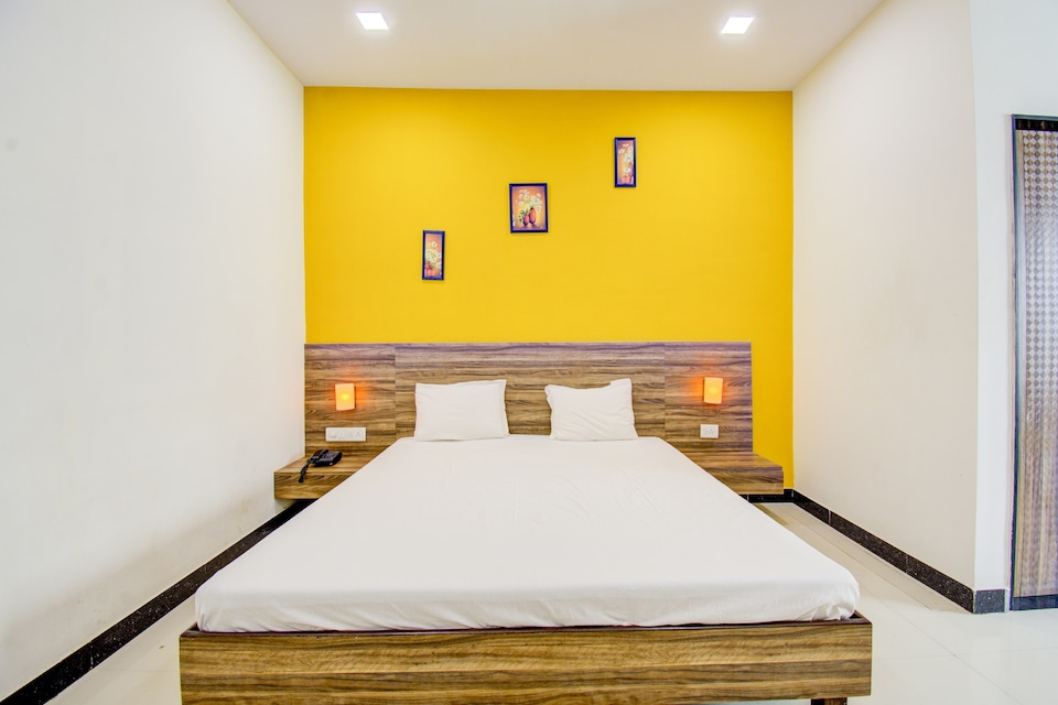 SPOT ON 47746 Aditya Inn