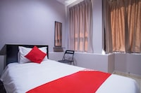 OYO 44097 Avatarr Hotel