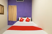 OYO 44100 Casavilla Travellers Lodge