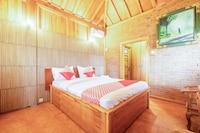 OYO 1347 Joglo Garut Cottage