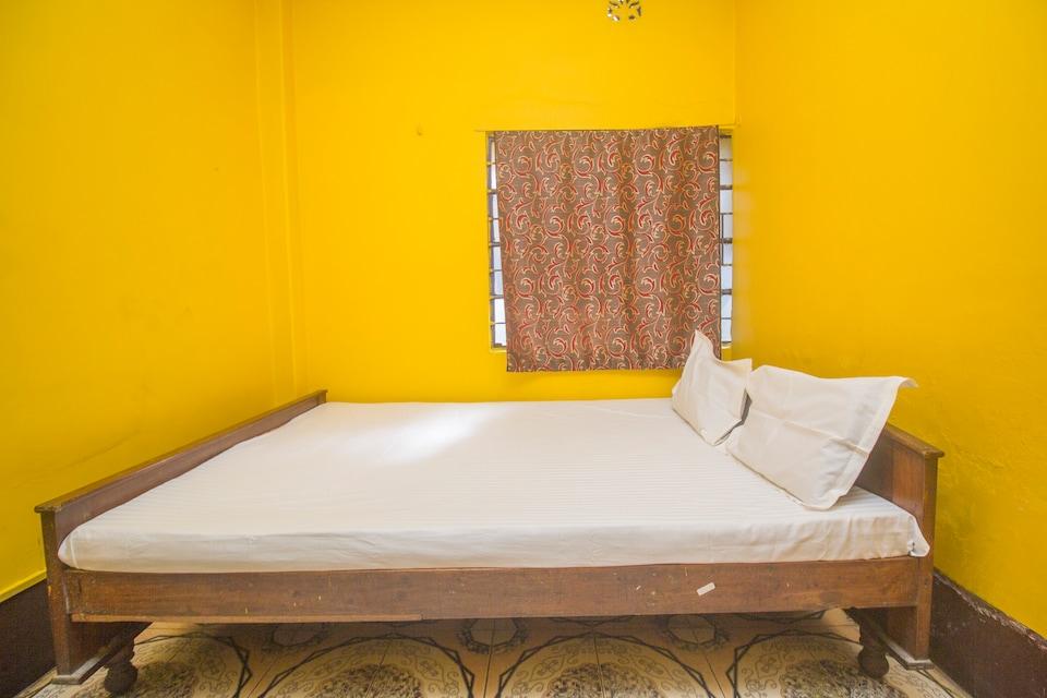 SPOT ON 47783 Rajlaxmi Residential Hotel