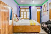 OYO Home 47790 Comfortable Stay Indrunag