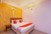 OYO 44101 Hotel DJ Palace