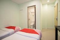 OYO 44103 8 Hotel