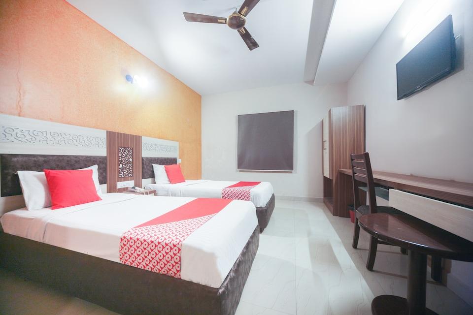 OYO 47858 Chola Hotel & Resorts