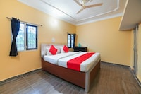 OYO 47912 Anand Home Stay Deluxe