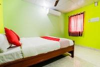 OYO 47925 Mathis Residency