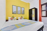 OYO Home 47968 Dwarka Cozy Stay