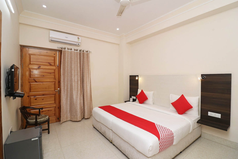 OYO 47975 Girnar Guesthouse -1