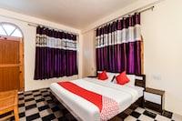 OYO 47996 Boom Shankar Guest House Deluxe