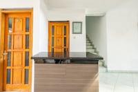OYO 1391 Puri Torina Residence
