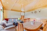 OYO Home 48006 Luxury Cottage Stay Kanyal