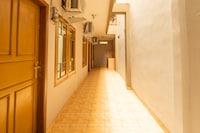 OYO 1398 Kawaluyaan Residence Ii