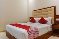 OYO 48017 Shubham Residency