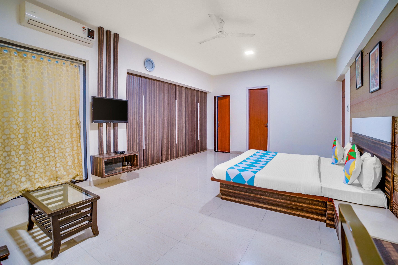 OYO Home 48023 Elegant Stay Near Podar International