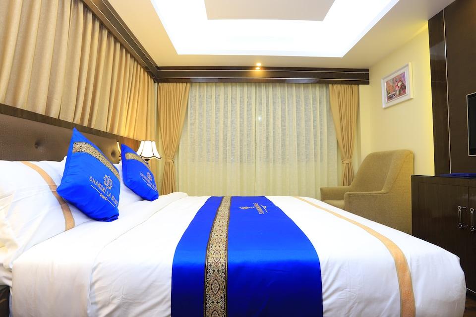 Palette - Shangrila Blu Hotel