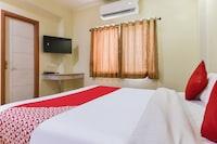 OYO 48076 Hotel Nandini