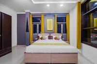 OYO 48085 Exotic Stay Rajouri Garden