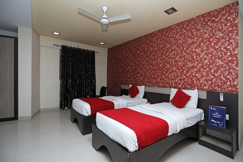 OYO 9087 Hotel Prince Regency -1