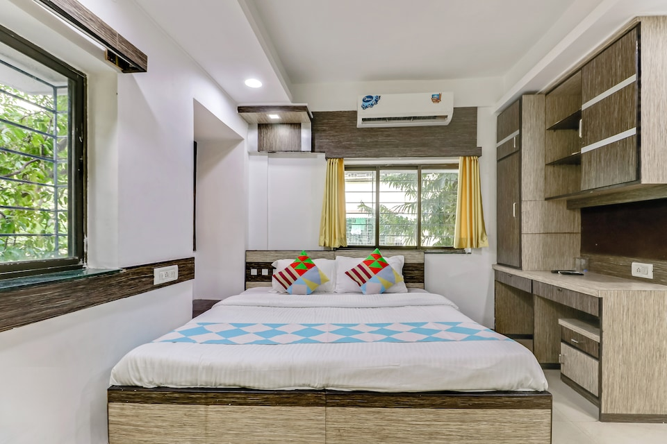 OYO Home 48099 Spacious Stay Golpark