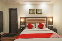 OYO 48146 Satyam Rooms