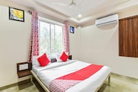 OYO 48151 Hotel Anuradha Deluxe Deluxe