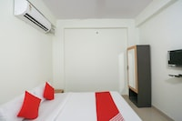 Collection O 48162 Hotel Prashant