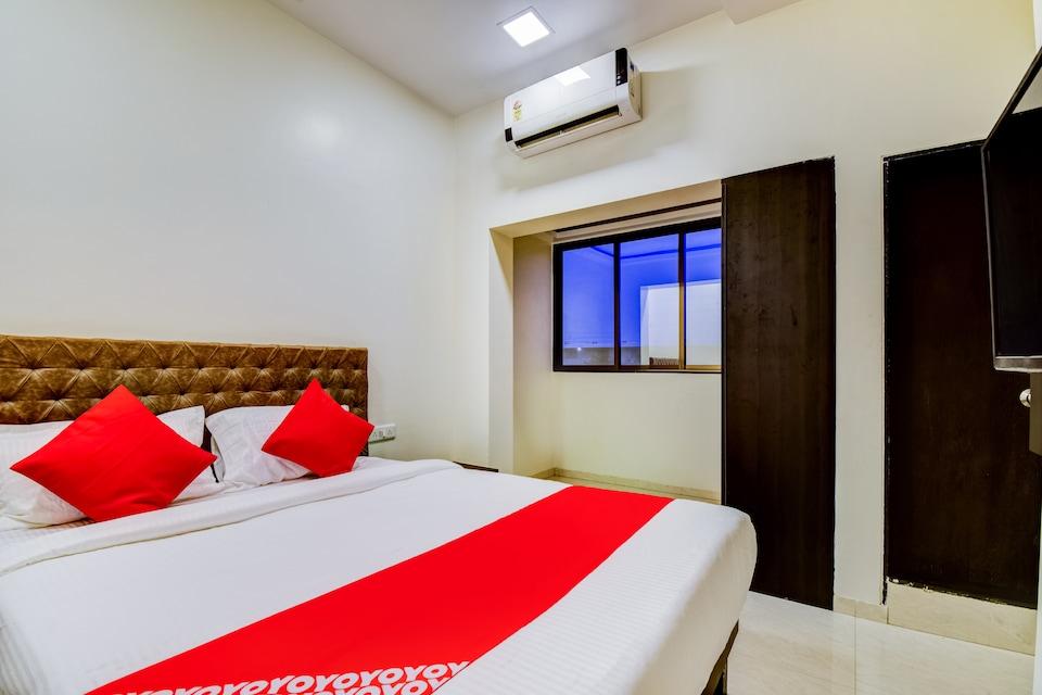 OYO 48225 Hotel Kirti