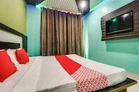 OYO 48233 Hotel Seven Seas