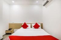 OYO 48254 Hotel D Veeray Saver