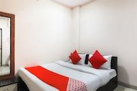 OYO 48261 Hotel Lucky Palace