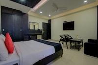 Capital O 48270 Hotel Mehar Castle Deluxe