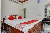 OYO 48295 R World Hotel Restaurant