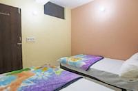 SPOT ON 48329 Dee 9 Residency SPOT